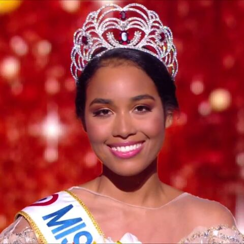 PHOTOS – Miss France 2020 : le sacre de Clémence Botino, Miss Guadeloupe