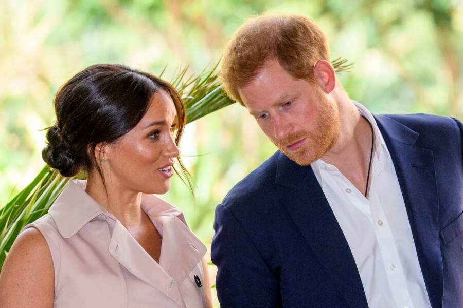 Très remonté contre les médias, le prince Harry est parti en guerre contre la presse afin de défendre sa femme et leur vie privée. Une initiative qui a forcément fait grincer des dents dans les rédactions.