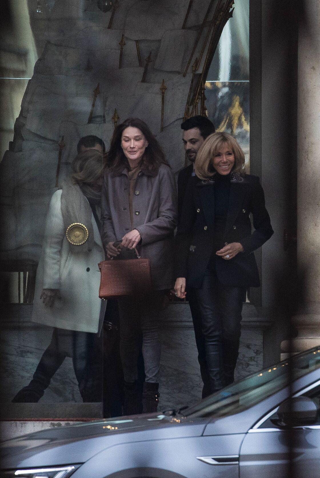 Brigitte Macron et Carla Bruni au palais de l'Elysée à Paris le 24 janvier 2019