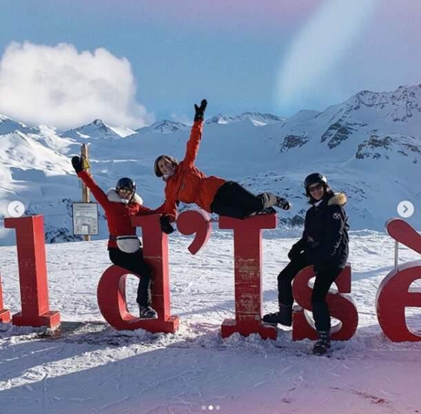 Camille Cerf passait aussi ses vacances de Noël 2018 avec des proches à la station de ski de Val d'Isère.