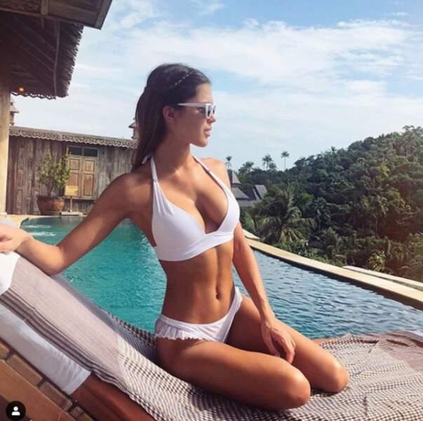 Miss Univers a choisi le soleil et en a profité pour se faire bichonner l'année dernière. En effet, Iris Mittenaere s'est rendu dans un spa réputé en Thaïlande pour y passer un bon moment.