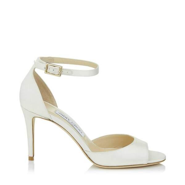 Sandales à talons, 550 €, Jimmy Choo.