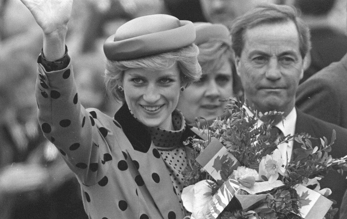 Lady Diana arrive au Canada, en 1986.