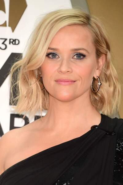 Reese Witherspoon version carré ondulé.