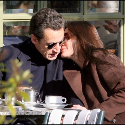 PHOTOS – Carla Bruni et Nicolas Sarkozy: 12 ans d'amour en images