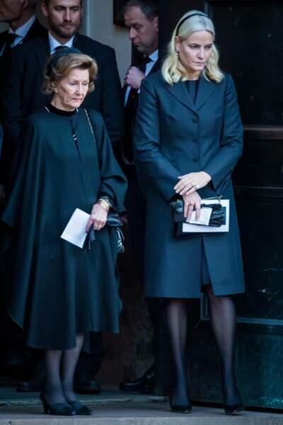 La reine Sonja et la princesse Mette-Marit ont assisté aux funérailles