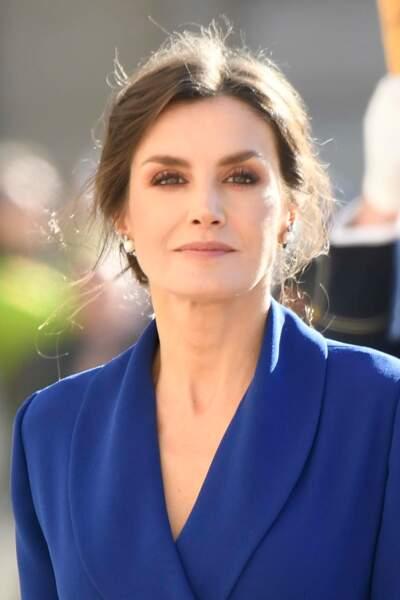 Letizia d'Espagne magnifique avec un maquillage très lumineux le 6 janvier 2020.