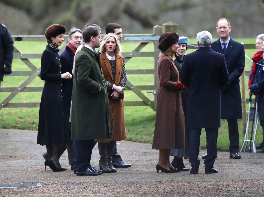 Rose Hanbury et son mari David Rocksavage, à proximité de Carole et Michael Middleton, aux abords de la chapelle Sainte-Marie-Madeleine, à Sandringham, dans le Norfolk, le 5 janvier 2019.