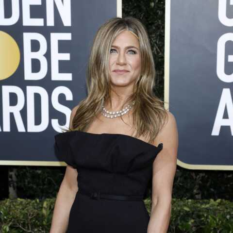 PHOTOS – Jennifer Aniston, tous les détails de sa sublime robe Dior aux Golden Globes 2020