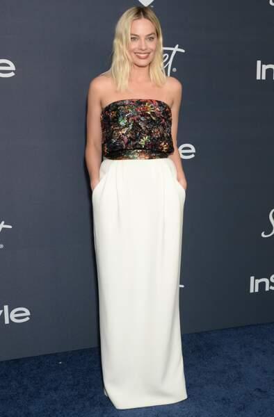Margot Robbie, toujours aussi chic et sans surprise, en Chanel Haute-Couture.