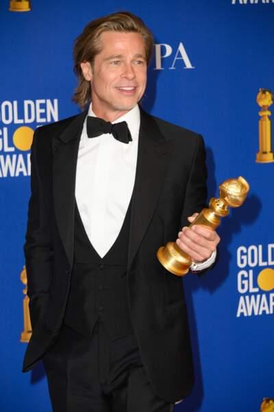 Brad Pitt, très élégant et fidèle aux costumes Brioni lors de la 77ème cérémonie annuelle des Golden Globe Awards au Beverly Hilton Hotel à Los Angeles, le 5 janvier 2020.