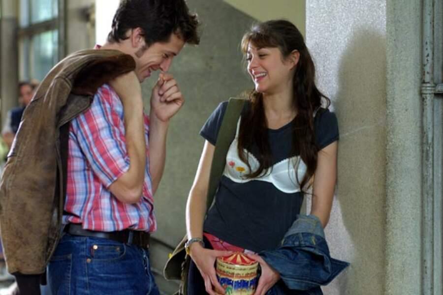 """Guillaume Canet et Marion Cotillard dans """"Jeux d'enfants"""" de Yann Samuell, sorti en 2003"""