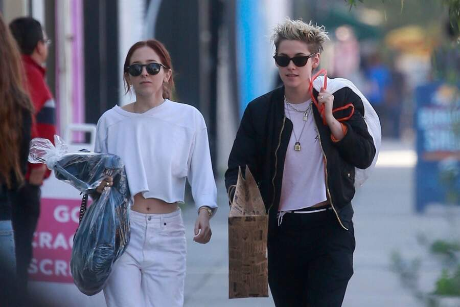 Kristen Stewart fait du shopping avec sa nouvelle compagne Sara Dinkin à West Hollywood le 21 décembre 2018.
