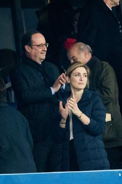 François Hollande et Julie Gayet lors d'un tournoi de Rugby en mars 2018.