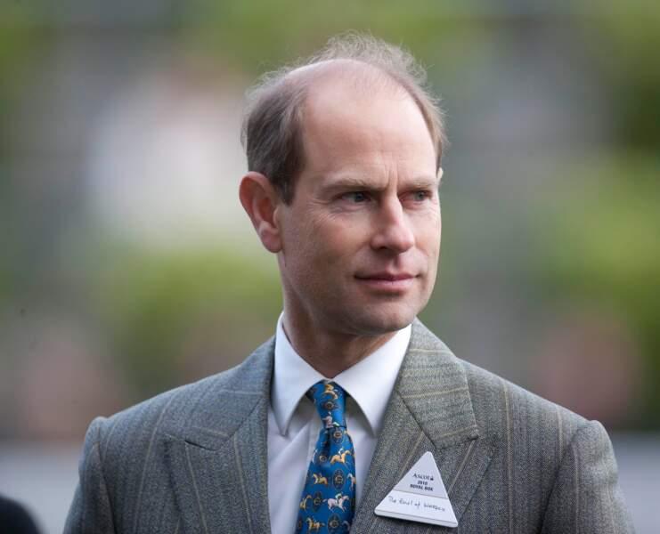 Le prince Edward est le plus jeune fils de la  reine Elizabeth II et du prince Philip