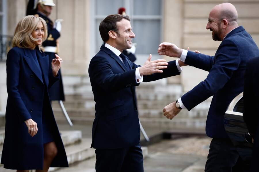 Brigitte Macron, déjà applaudie pour son style