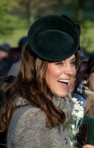 Pour preuve, le jour de Noël 2019, Kate Middleton a su rivaliser d'ingéniosité pour afficher une peau parfaite malgré des températures flirtant avec le zéro.