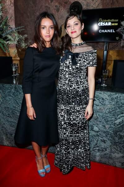 Lyna Khoudri (Papicha) et Marion Cotillard (en Chanel)