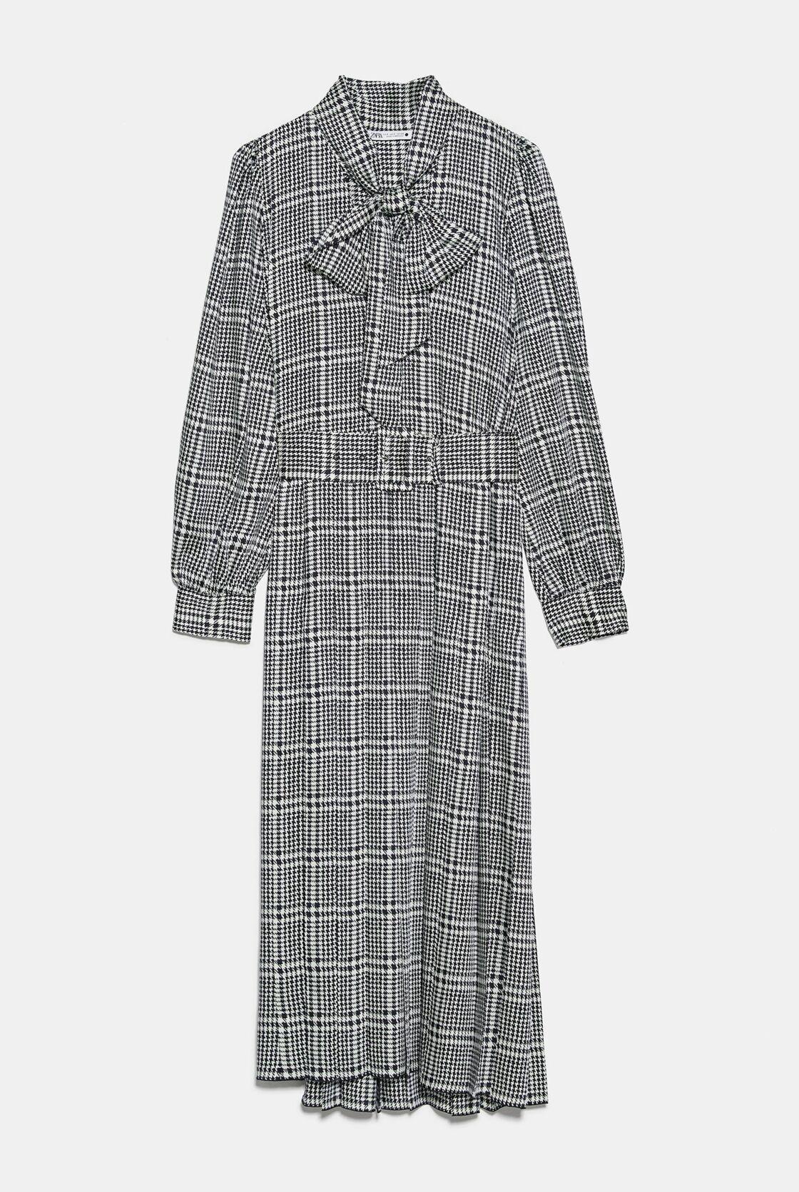 La robe de Kate Middleton est signée Zara, collection été 2020, à 39,99 €.