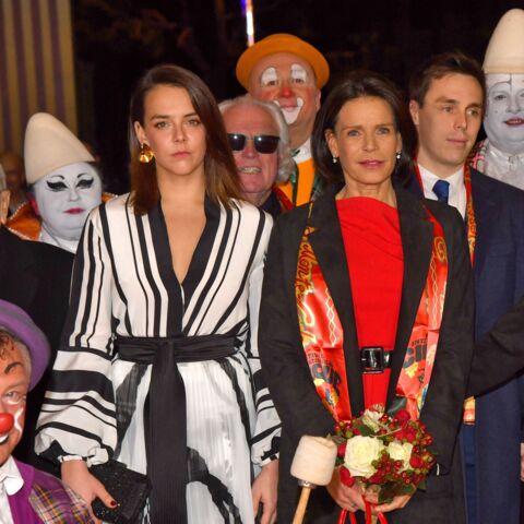 PHOTOS – Pauline Ducruet, glamour dans une robe vaporeuse aux côtés de sa mère Stéphanie de Monaco