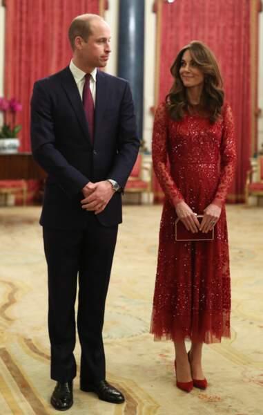 Kate Middleton ose le total look rouge jusqu'aux escarpins le 20 janvier 2020 à Buckingham Palace pour le Sommet Grande-Bretagne-Afrique.