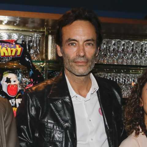 PHOTO – Anthony Delon et sa compagne Sveva Alviti réunis au théâtre: l'acteur dévoile ce projet en couple