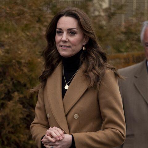 PHOTOS – Kate Middleton, maman-poule: ce précieux bijou qu'elle porte en hommage à ses enfants