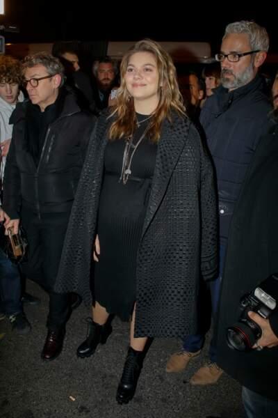 Louane a fait une apparition remarquée au défilé Jean-Paul Gaultier, ce mercredi 22 janvier, à Paris