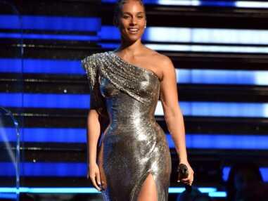 PHOTOS - Les tenues les plus incroyables des stars à la 62 cérémonie des Grammy Awards