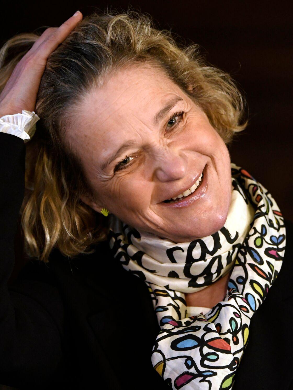 Delphine Boël, heureuse des résultats des comparaisons ADN, vient enfin d'être reconnue par l'ancien roi de Belgique.