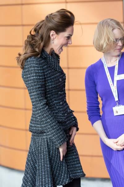 Kate Middleton est devenue accro à la demi-queue de cheval.