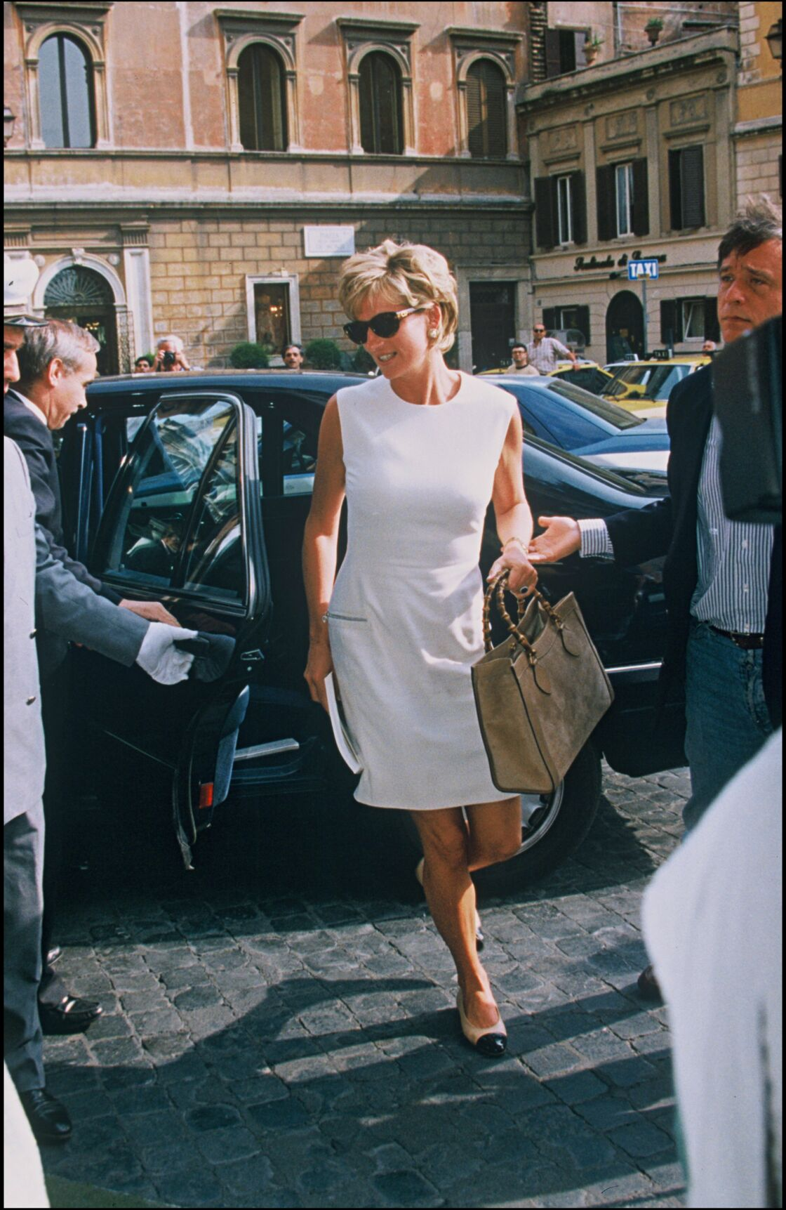 Lady Diana à Rome, en juillet 1996... un mois avant l'officialisation de son divorce d'avec Charles.
