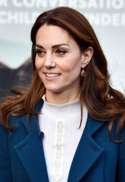 Kate Middleton, très chic pour visiter la crèche et le jardin d'enfants de Leyf Stockwell Gardens à Londres, Royaume Uni, le 29 janvier 2020.