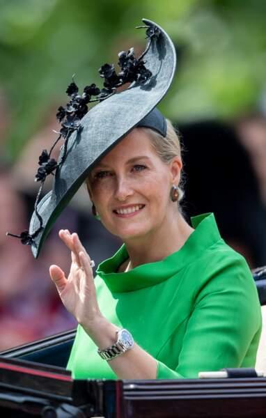 Juin 2019 : Sophie de Wessex dans une jolie robe Suzannah lors de la parade Trooping the Colour 2019. Sa robe verte est associée à un bibi venant de la maison Jane Taylor.