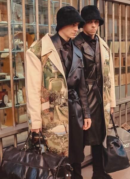 Kipré Couture propose son trench emblématique pour deux. Le vêtement des amoureux !