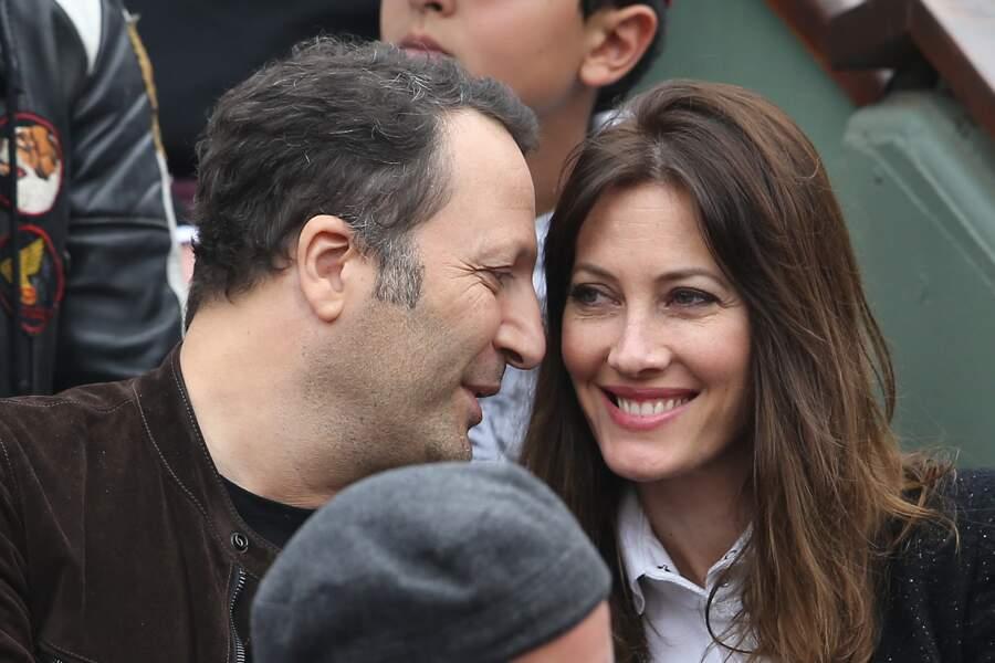 En couple complémentaire, Mareva Galanter et Arthur se retrouvent dans l'émission Stars à nu sur TF1