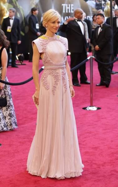 Cate Blanchett est apparue aux Oscars avec une création Givenchy en 2011