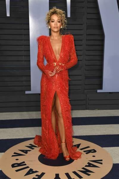 Rita Ora  en rouge sexy en 2018.