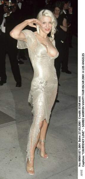 Courtney Love, lors de la soirée Vanity Fair Oscar Party 2001