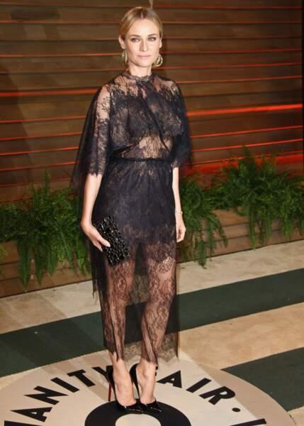 Diane Kruger dans une robe de dentelle noire pour la soirée Vanity Fair après la 86e cérémonie des Oscars de 2014