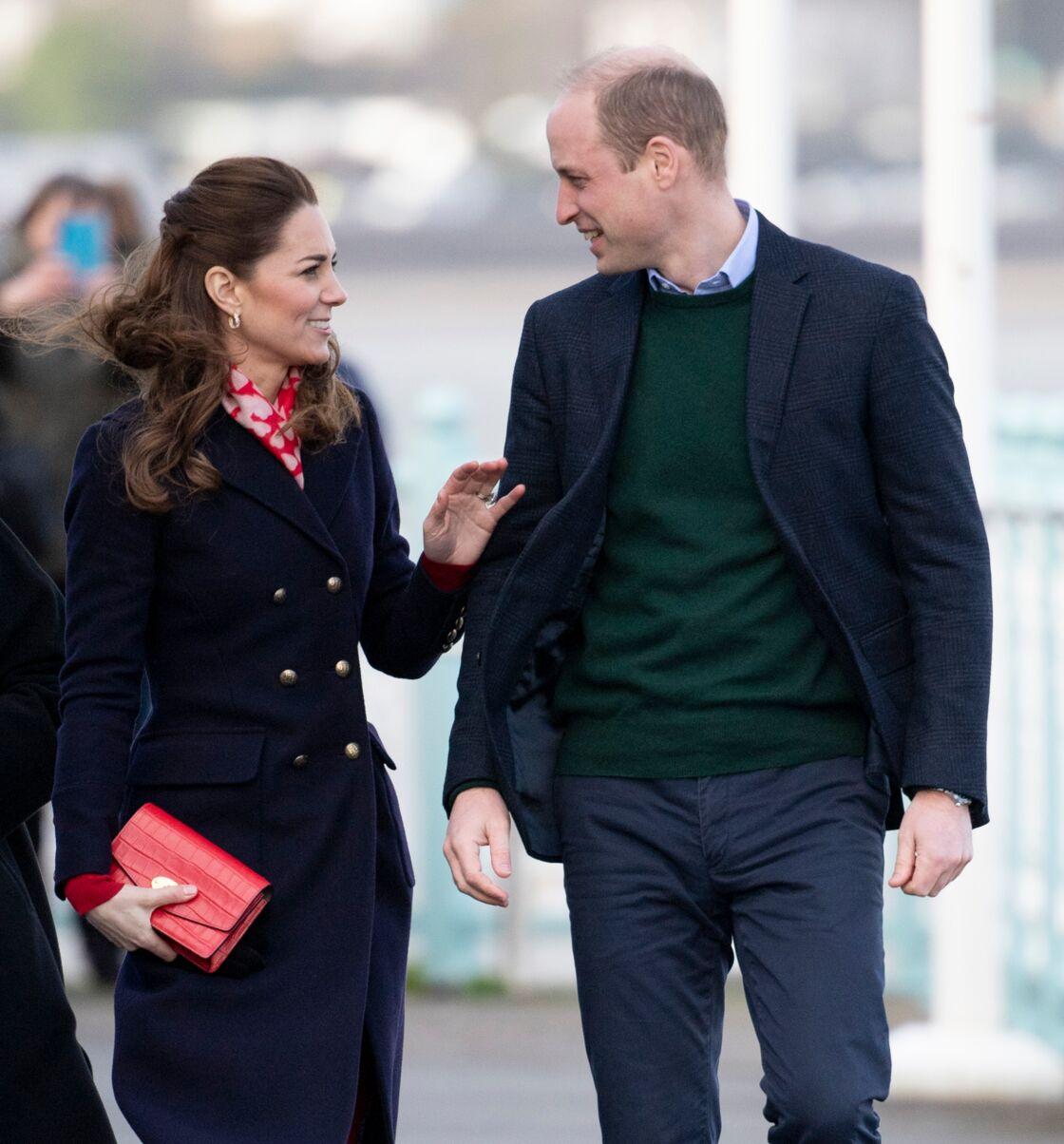 William et Kate, en plein échange, à Port Talbot, au Pays de Galles, le 4 février 2019.