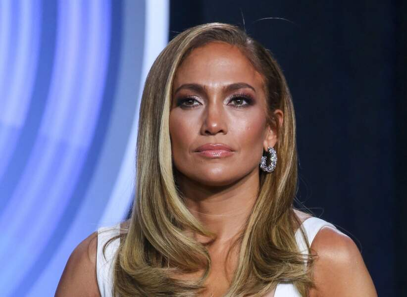 Jennifer Lopez : contouring version glow