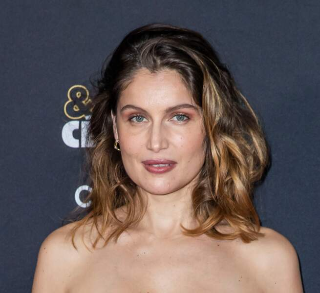 Laetitia Casta: des traits subtilement rehaussés