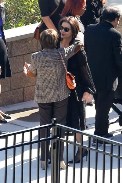Catherine Zeta-Jones a été un roc pour son mari en ce triste jour