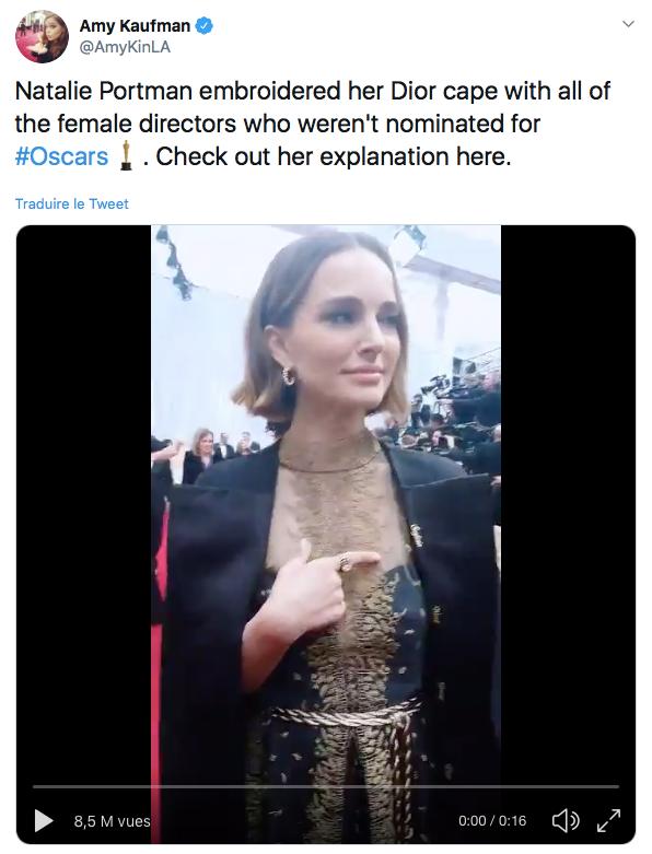 Natalie Portman rendant hommage aux réalisatrices grâce à sa tenue