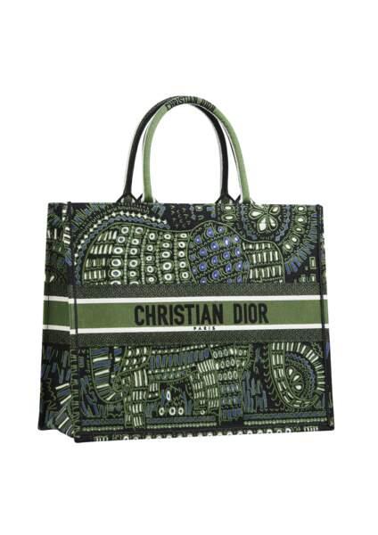 Sac Dior Book Tote, 2350 €, Dior.