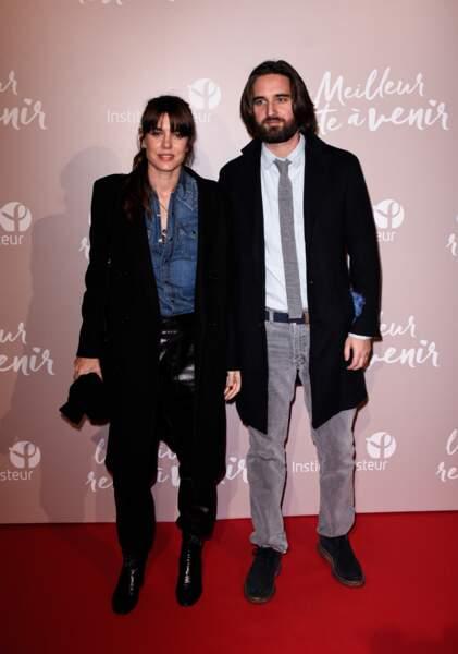 """Charlotte Casiraghi et son mari Dimitri Rassam à l'avant-première du film """"Le Meilleur reste à venir"""" au Grand Rex à Paris, le 2 décembre 2019"""