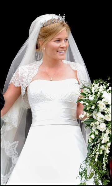 Consultante, Autumn Kelly n'aurait découvert le lien entre Peter Phillips et la reine qu'au bout de 6 semaines de relation !