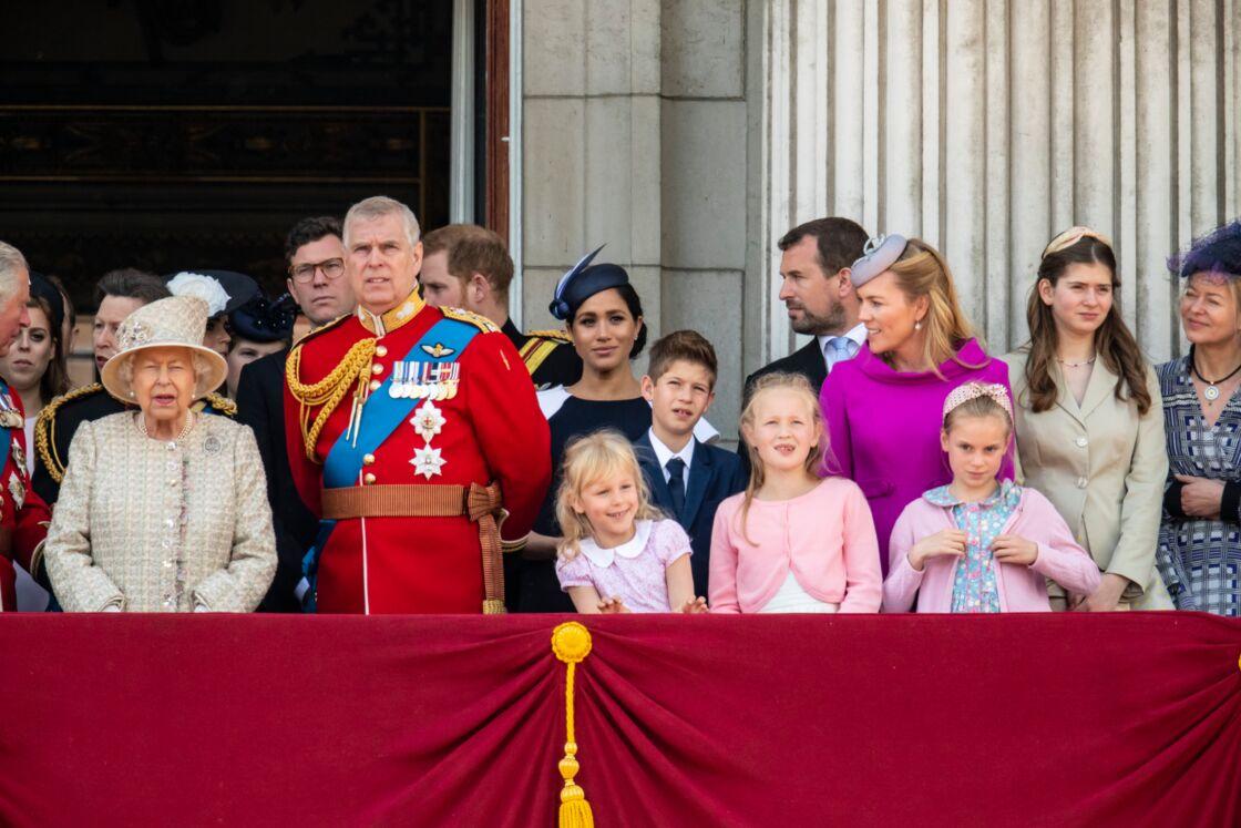 La famille royale d'Angleterre lors de la parade