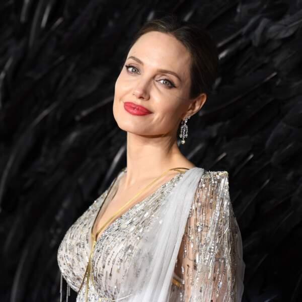 Angelina Jolie (44 ans)